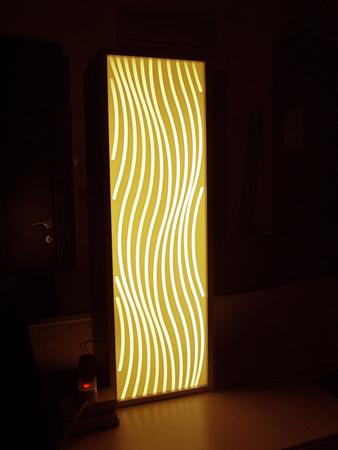 lampa material compozit CORIAN gravat